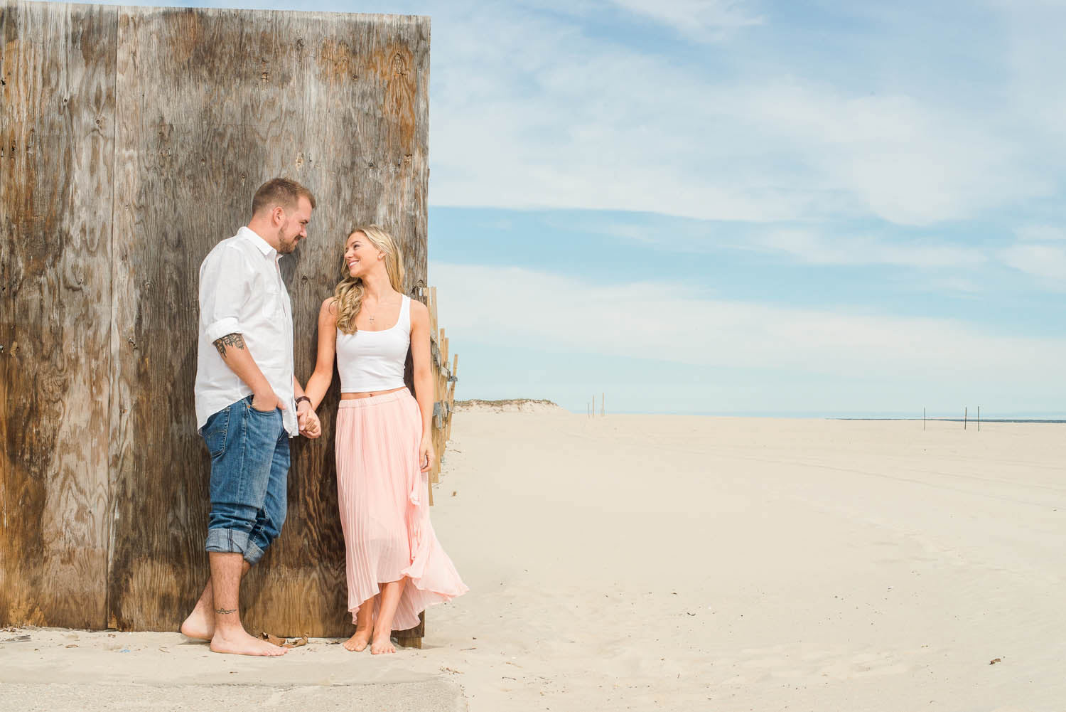 Engagement photo sessions are more than fun casual photos; they are one of the first mile markers on your wedding planning journey. Is a fun, low-stress photo session that provides the opportunity for the photographer, bride, and groom to work together prior to the wedding day. Atlantic Beach, NY